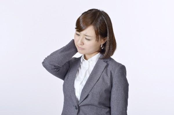 脱毛で悩む女性